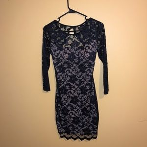 NEVER WORN!!! lace form fitting dress